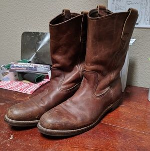 Vintage red wing motorcycle style boots 8.5